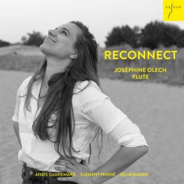 RECONNECT - Nature and the Modern Man / Joséphine Olech